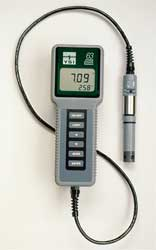 Handheld pH Meter 0-14pH 100 Ft Cable